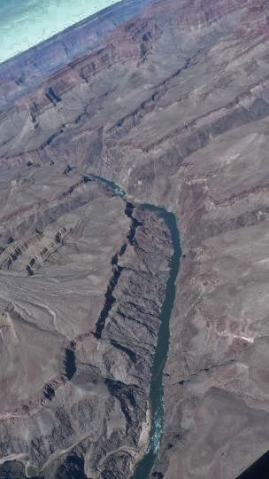 08-082 - Grand Canyon en helico