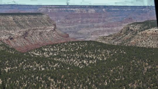 08-086 - Grand Canyon en helico